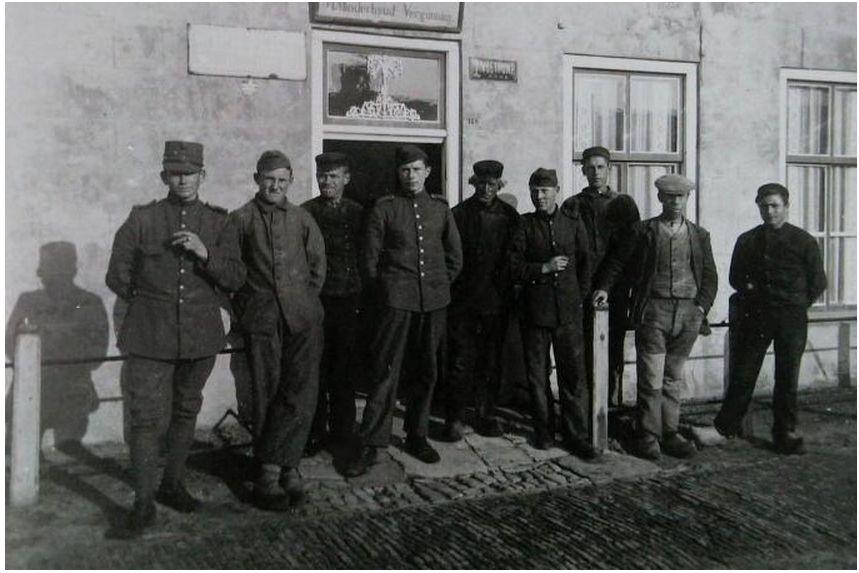 Kasteel_van_Batavia,_ca._1918